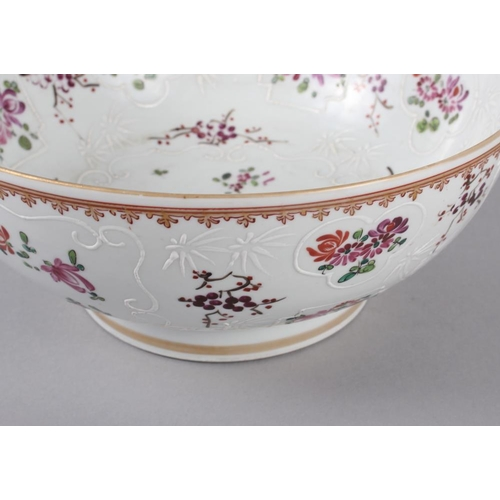 20 - A Sampson Paris bowl with armorial, floral and gilt decoration, 9