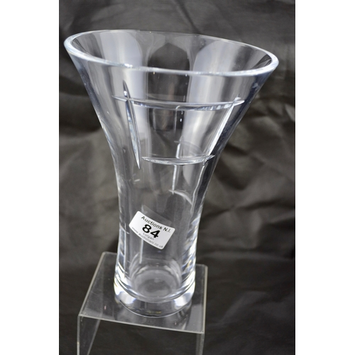 Tyrone Crystal Cubis Vase