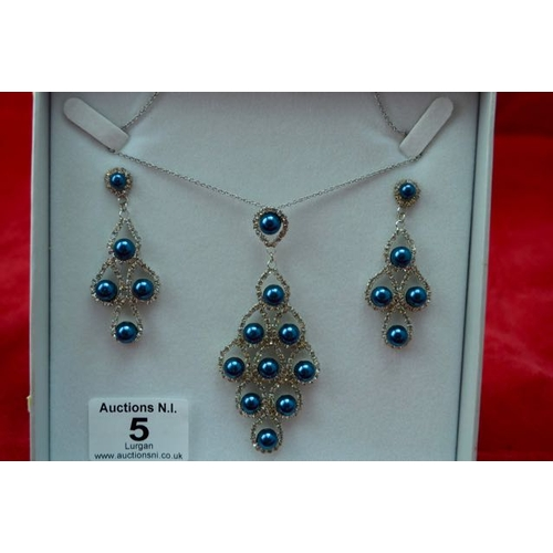 5 - Ornate Droplet Necklace & Earrings...