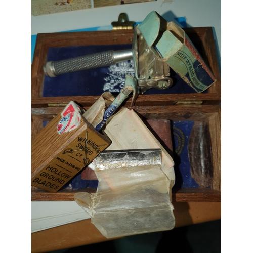 25 - Vintage Wilkinson Sword Razor...