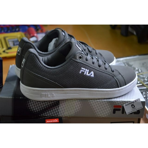 5 - Pair of Fila Grey Trainers - UK 7...