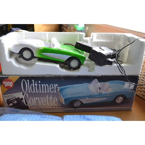 3 - Oldtimer Corvette + Sewing Box...