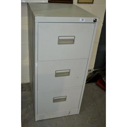 18 - Grey 3 Drawer Filing Cabinet...