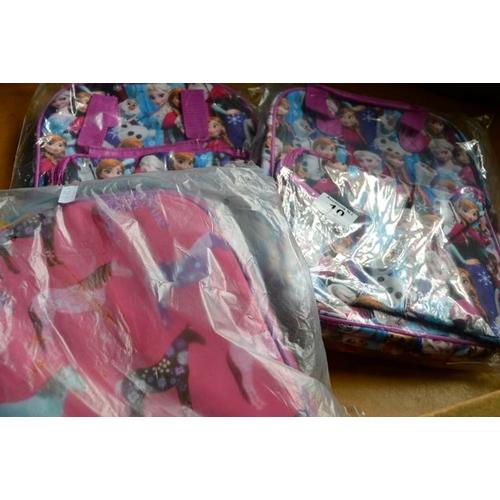 10 - Schoolbag x 3...