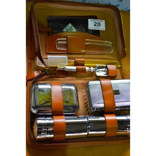 20 - Vintage Gents Grooming Kit in Case...
