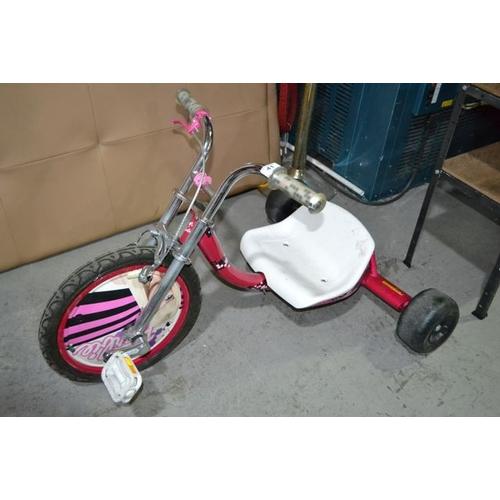 41 - Barbie Trike...