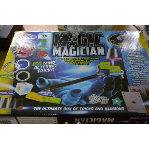 15 - Grafix Magician Set...