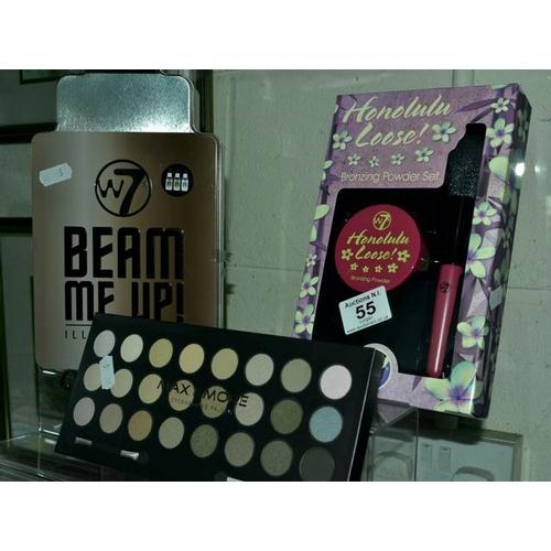 55 - Make Up Gift Set x 3...