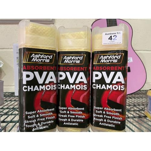 42 - PVA Chamois x3