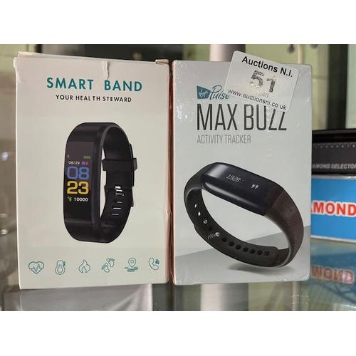 51 - Activity Tracker + Smart Band
