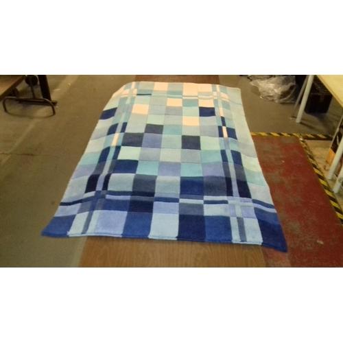 6 - 170 x 110 cm Matalan gun tufted tonal square blue and white rug...