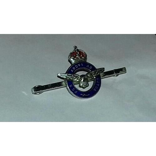 572 - White metal and enamel RAF sweetheart brooch...