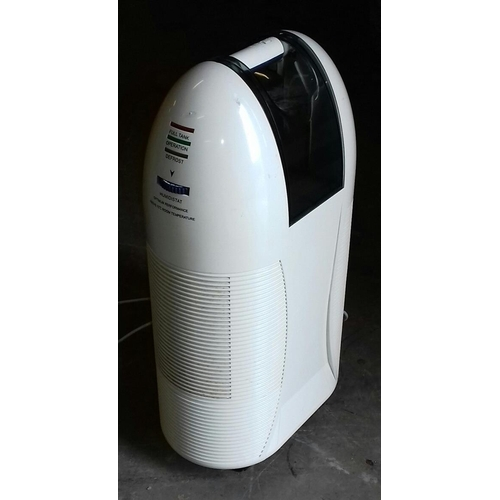 416 - Wickes portable deluxe dehumidifier...