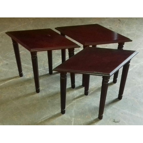 515 - Set of three, 55 x 32 x 38 cm, diamond-shaped side tables...
