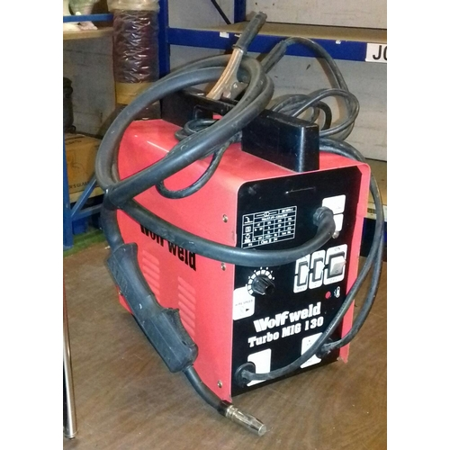 387 - Wolfweld turbo MIG 130 gas-less welder...