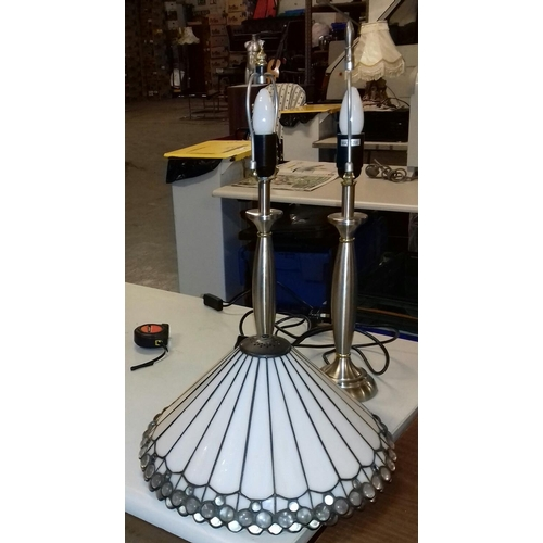 423 - Pair of 54 cm tall lamps with Tiffany style shades...