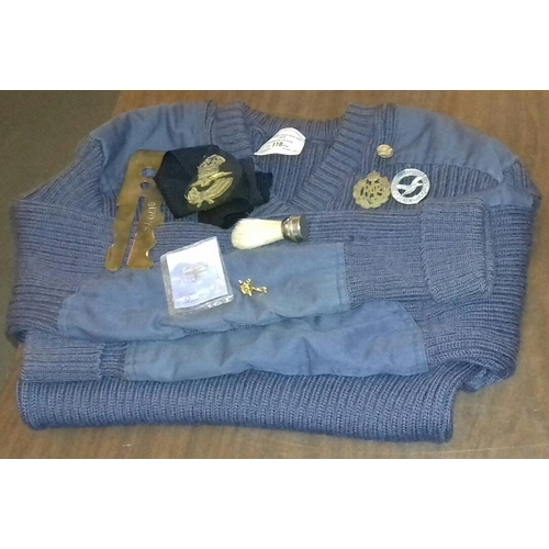 556 - RAF bundle to include jumper and badges etc....