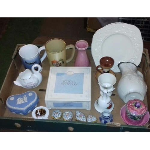 126 - Box of assorted vintage pottery and china...