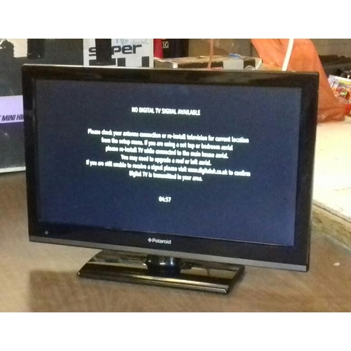 405 - Polaroid 22 inch LED TV with built-in DVD player, remote present...