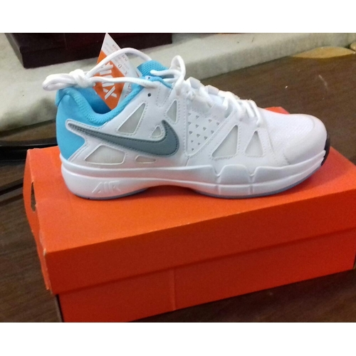 161 - New and boxed Nike Air advanced trainers UK size 3.5...