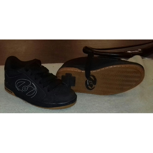 130 - Pair of Heelys trainers size 8, wheels removed...