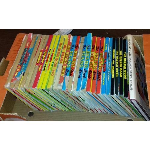 169 - Bundle of 27 x assorted Beezer, Dandy etc annuals...