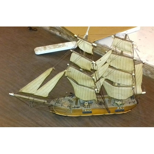 195 - Approx 55 cm wide and 37 cm tall wooden model sailing ship...