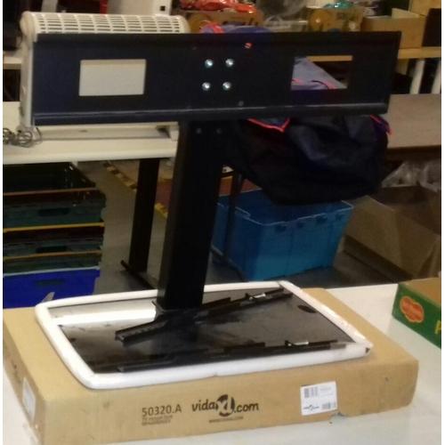 455 - Unused Vida XL TV mount foot takes up to 70