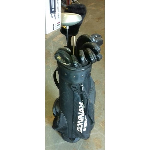 268 - Full set of Hippo golf clubs in bag...