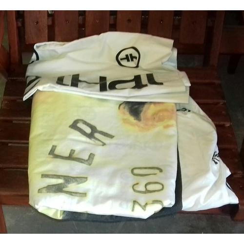 262 - Take that single duvet and pillowcase...