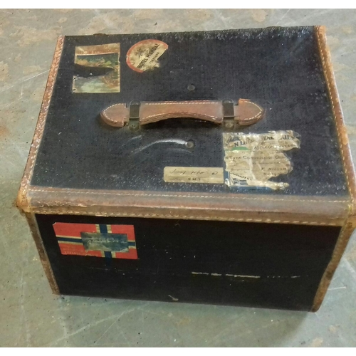 165 - 46 x 40 x 31 cm small leather trunk with travel labels monogrammed M.P.S....