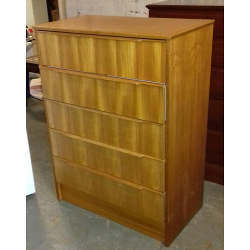 495 - Teak look 75 x 41 x 100 cm 5 drawer chest...