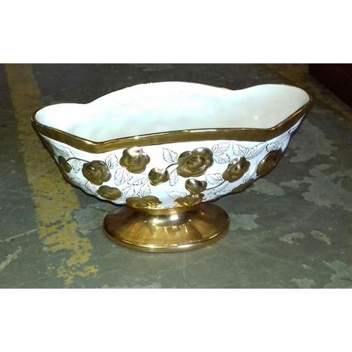 120 - 30 x 14 x 17 cm ELPA Portugal white with gilt rim and detail ceramic bowl...