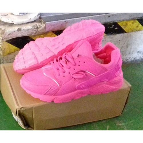 296 - Boxed the trend of fashion pink ladies sports trainers size 7...