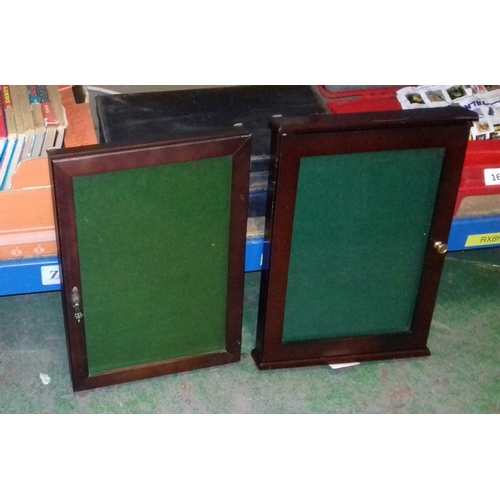 166 - 2 x wall mount or countertop jewellery and collectible display cabinets, 43 x 31 and 42 x 30 cm...