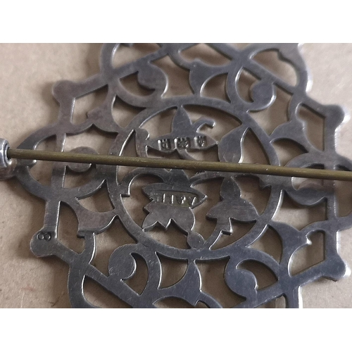 41 - Approx 5.5 x 4.5 cm Birmingham hallmarked silver filigree brooch...