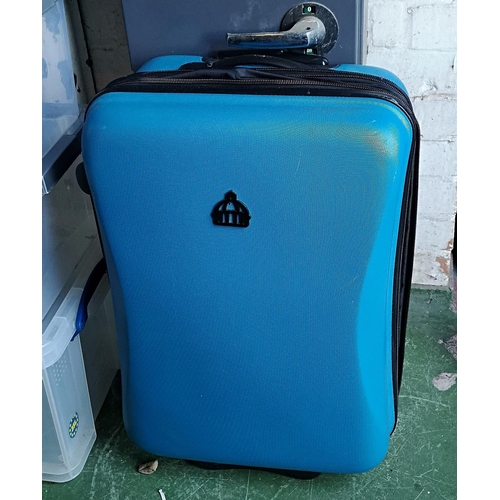 1 - 57 x 47 cm lightweight expanding hard shell suitcase...