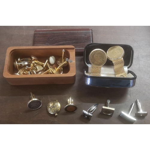 28 - Bundle of assorted pairs and individual gents cufflinks...