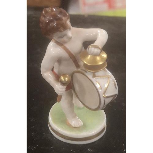 23 - 8 cm tall 1928 Dresden pottery little drummer boy figure...