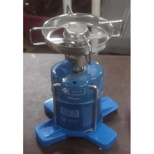 327 - Bleuet 206 camping gas stove...