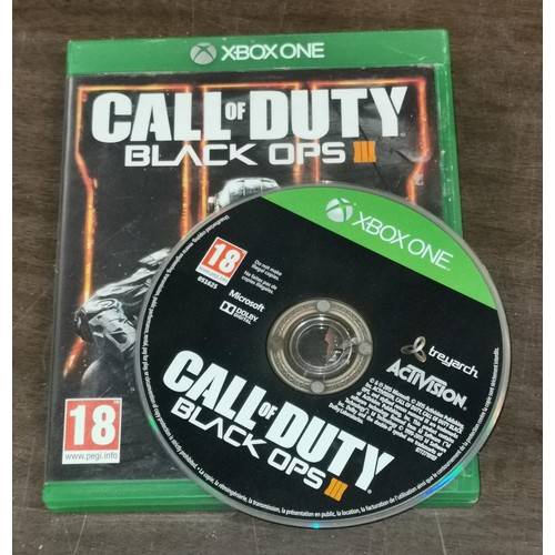 4 - C.O.D.  Black Ops 3 game for Xbox One...