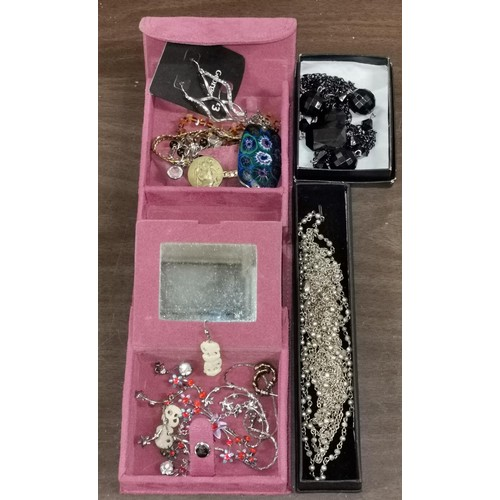 48 - Faux suede jewellery box and contents plus 2 x boxed costume jewellery necklaces...