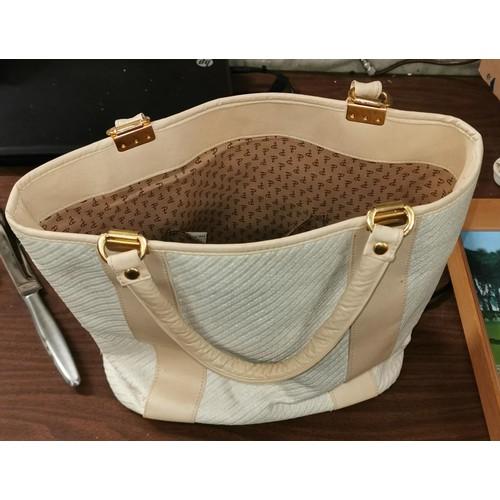43 - Vintage St Michaels Italian made bag...