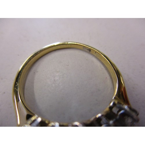 18 - An 18ct yellow gold 5 stone diamond ring, approx. ring size M