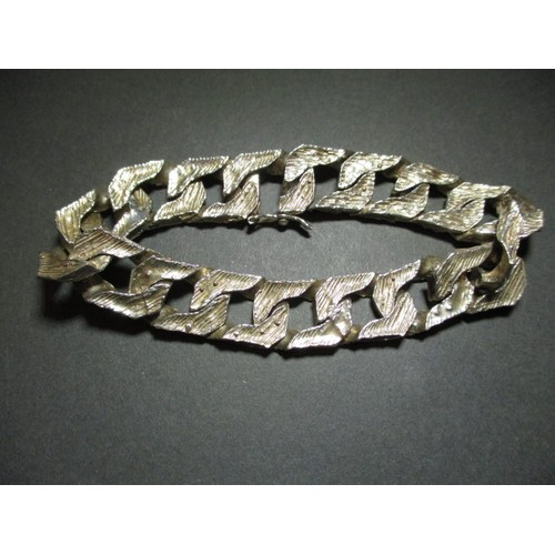 35 - A 9ct white gold bracelet marked 375, purchased abroad approximately 40 years ago, approx. weight, 4...