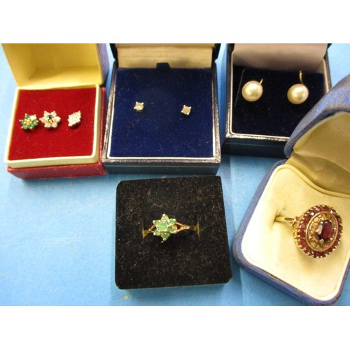 40 - 2 vintage 9ct gold rings, a pair of gold & diamond stud earrings and other earrings, in vintage cond...