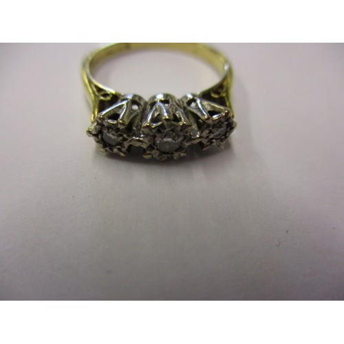29 - An 18ct gold ring set with 3 diamonds, approx. weight 2.9g, approx. ring size 'J' in good pre-owned ...