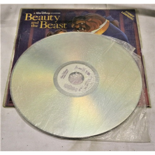 225 - Beauty and the Beast Laserdisc...