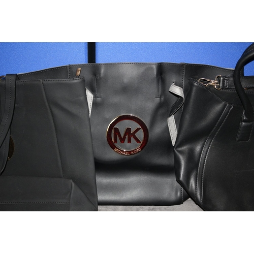 39 - 3 x New Brand Styled Large Bags