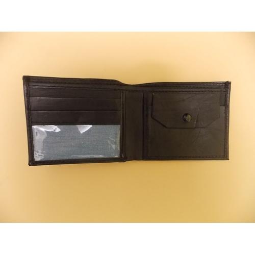 302 - Motoring Wallet...